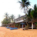 typical-beach-hotel-hikkaduwa7