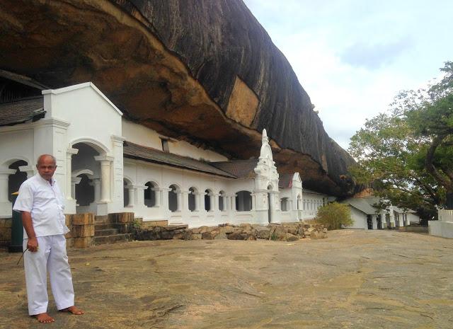 Dambulla guide temple