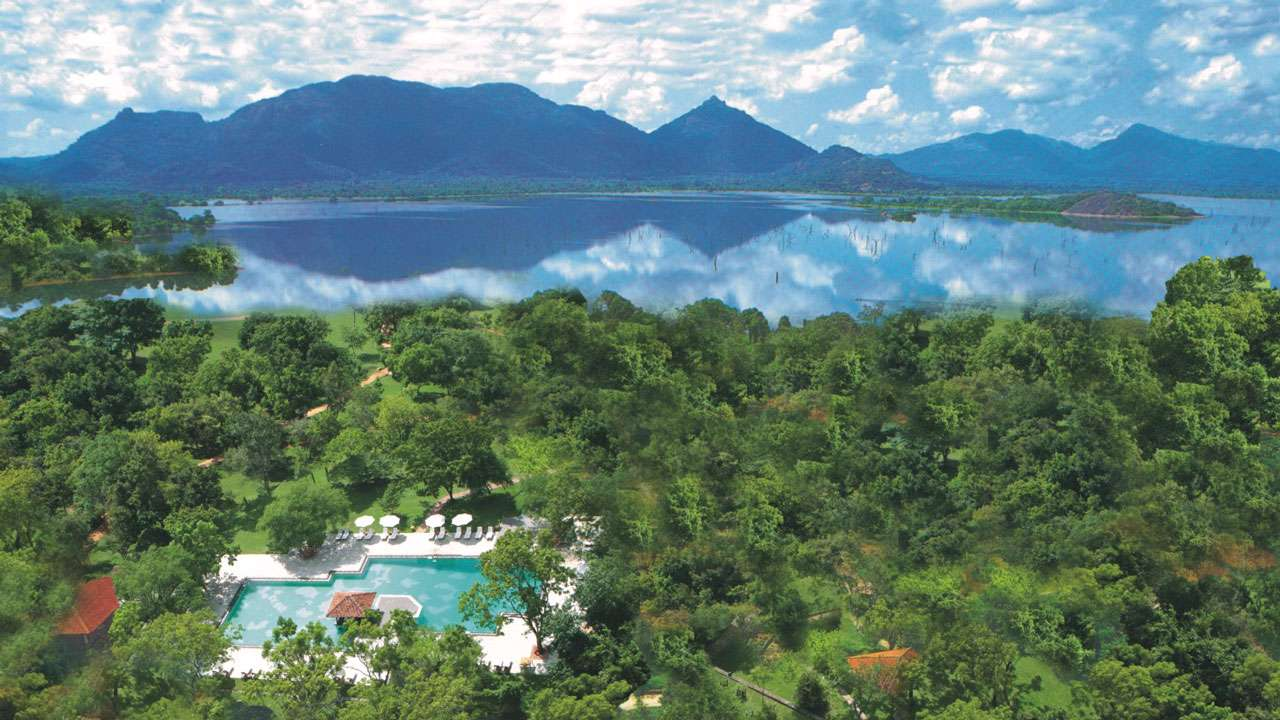 Amaya Lake Resort Dambulla