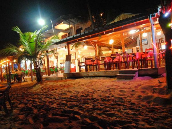 Typical Beach Hotels – Hikkaduwa