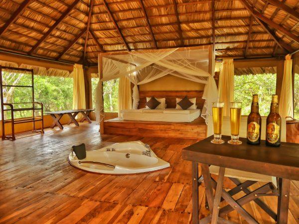 Camping Safari  *  Yala