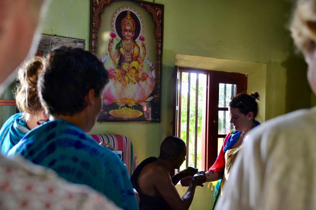 Munk blessing tro og overtro