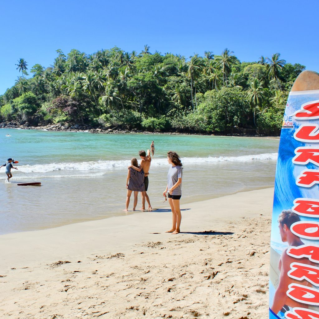 Hiriketiya Sri Lanka surfing sol
