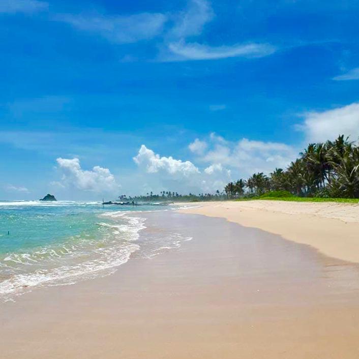 Midigama strand sri lanka
